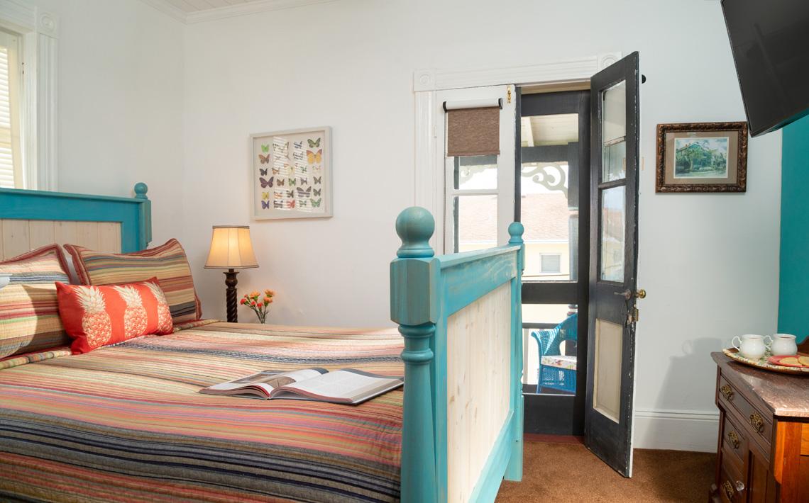 Ambrose's Retreat Queen Bedroom