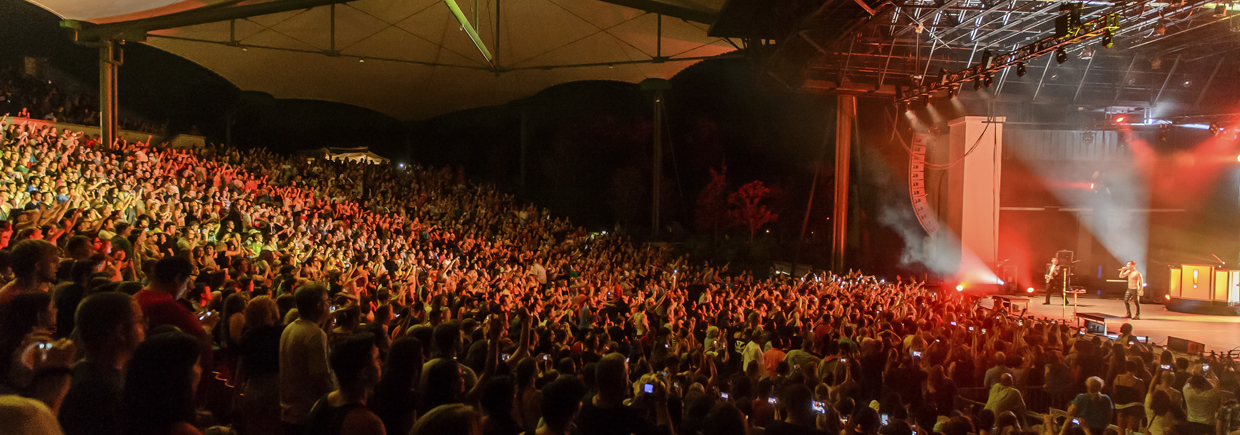 St Augustine Amphitheatre performance crowd
