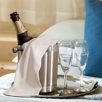 Champagne and Keepsake Flutes