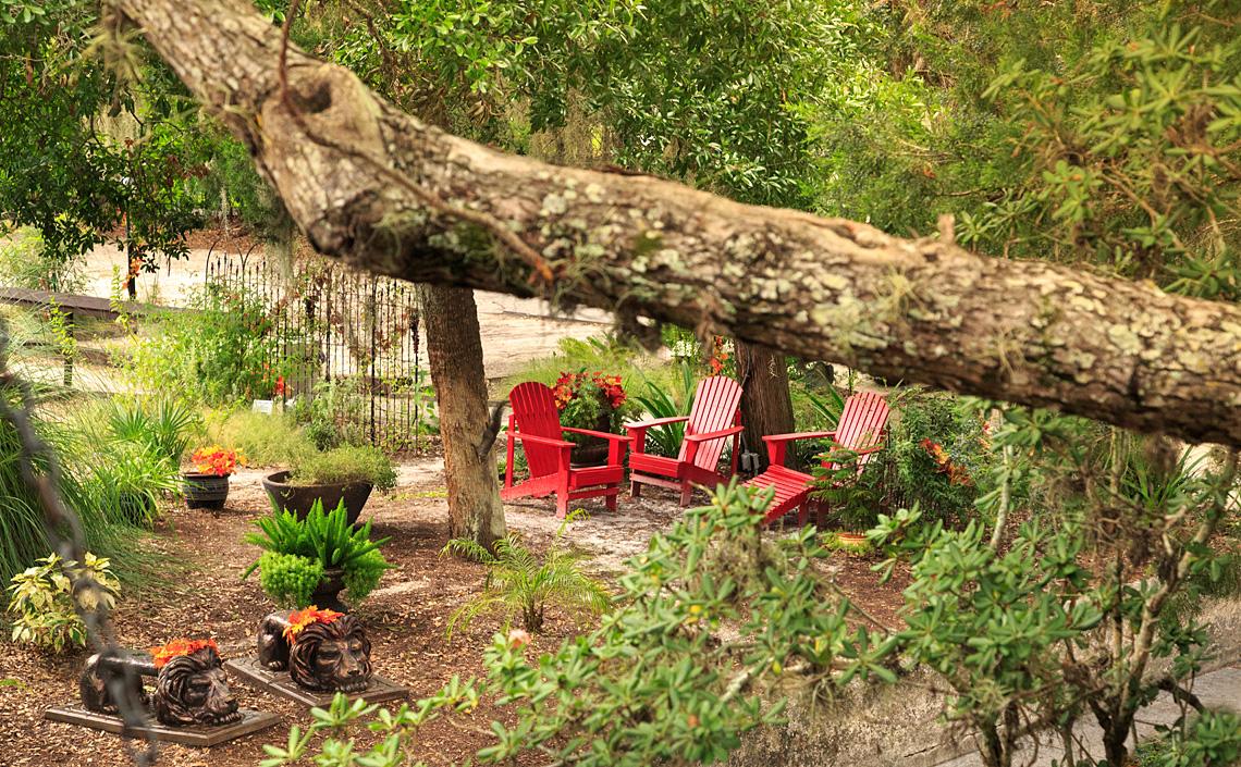 St Francis Inn Courtyard Gardens