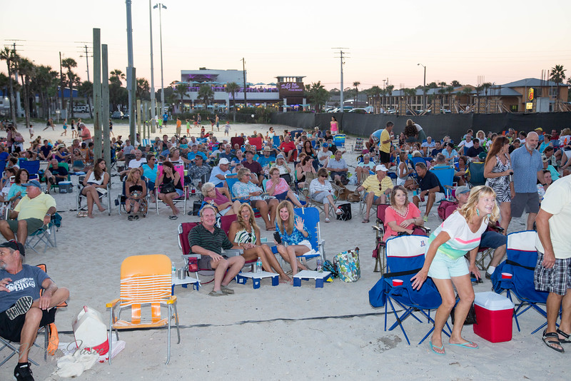 Music by the Sea Concert Audience