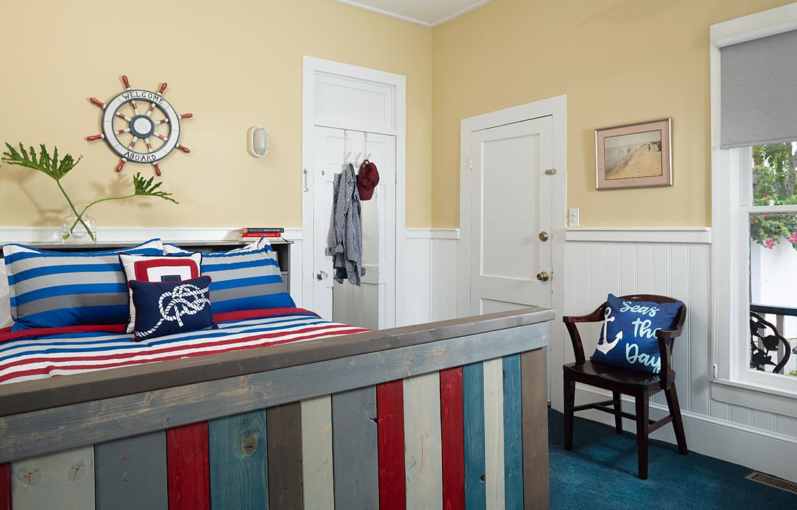 Sailor's Rest Rear Queen Bedroom
