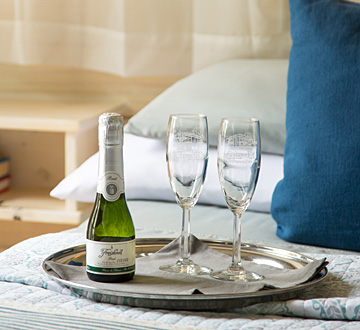 Champagne Split and monogrammed glasses