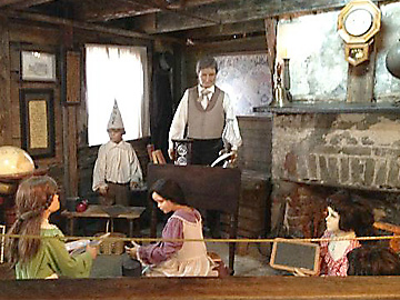 Oldest Wooden School House animatronic figures